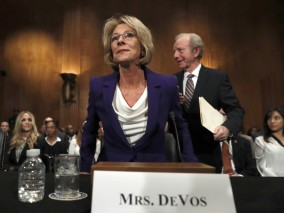 ct-betsy-devos-confirmation-hearing-education-secretary-20170117